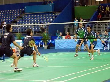 Afbeelding van Badminton wedstrijdnet: 3 netten op 1 rij
